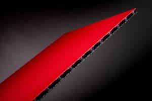 Hohlkammerplatte aus Kunststoff leicht stabil innovativ