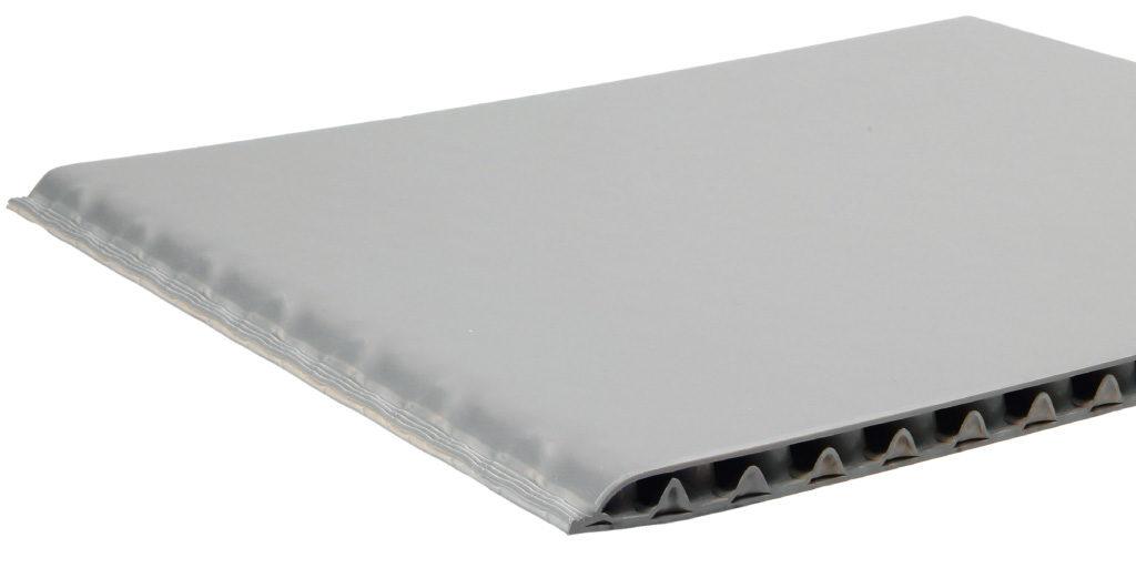 kantenverschlossene Hohlkammerplatte Con-Pearl